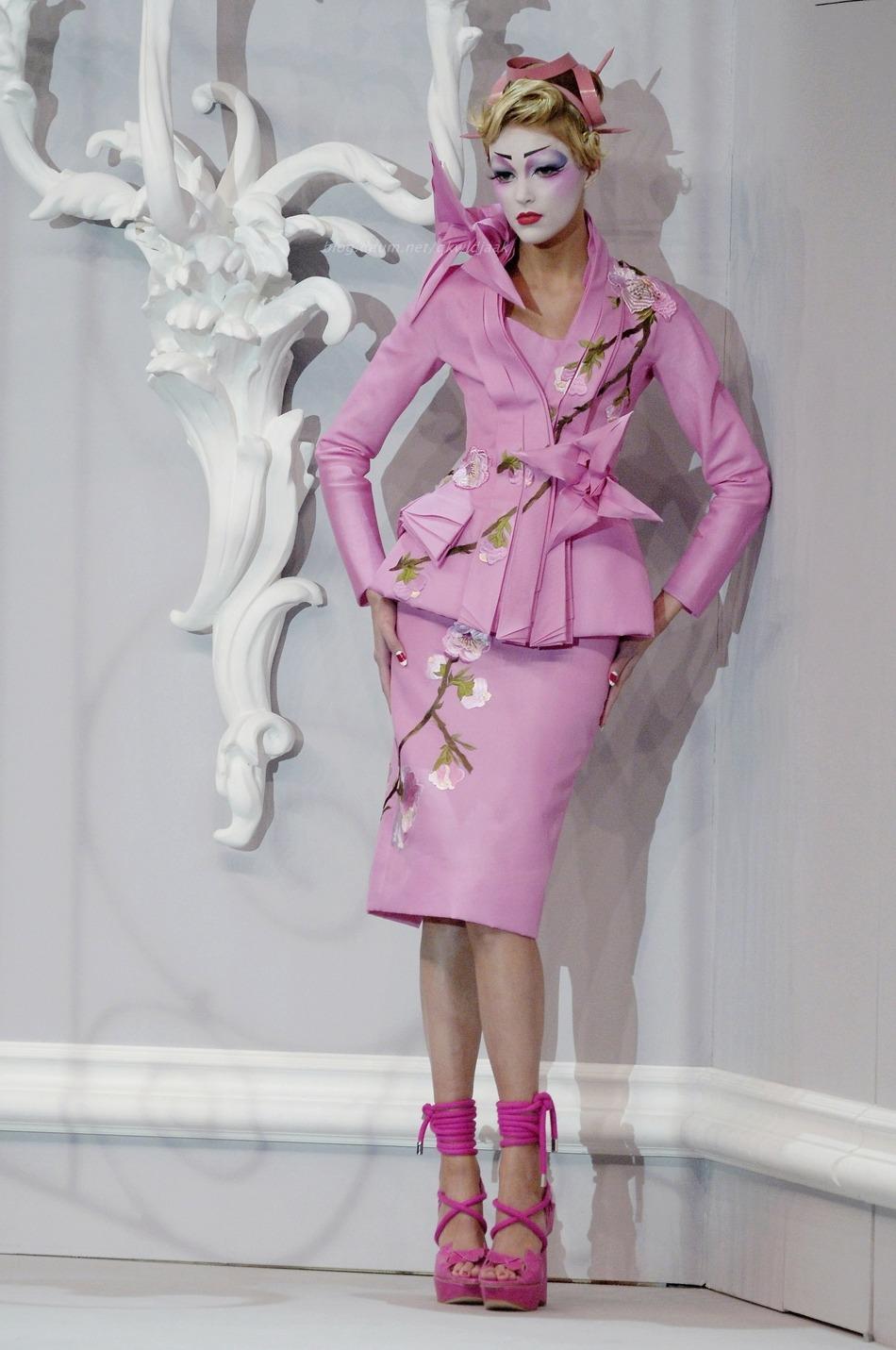 Christian Dior Spring/Summer 2007 Haute Couture Paris