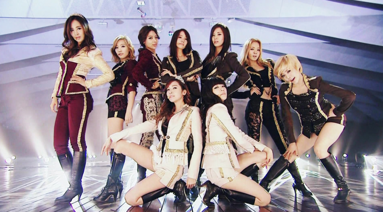 [Disc] Do you have second hand embarrassment seeing SNSD wear these? - Page 2 - Celebrity Photos ...