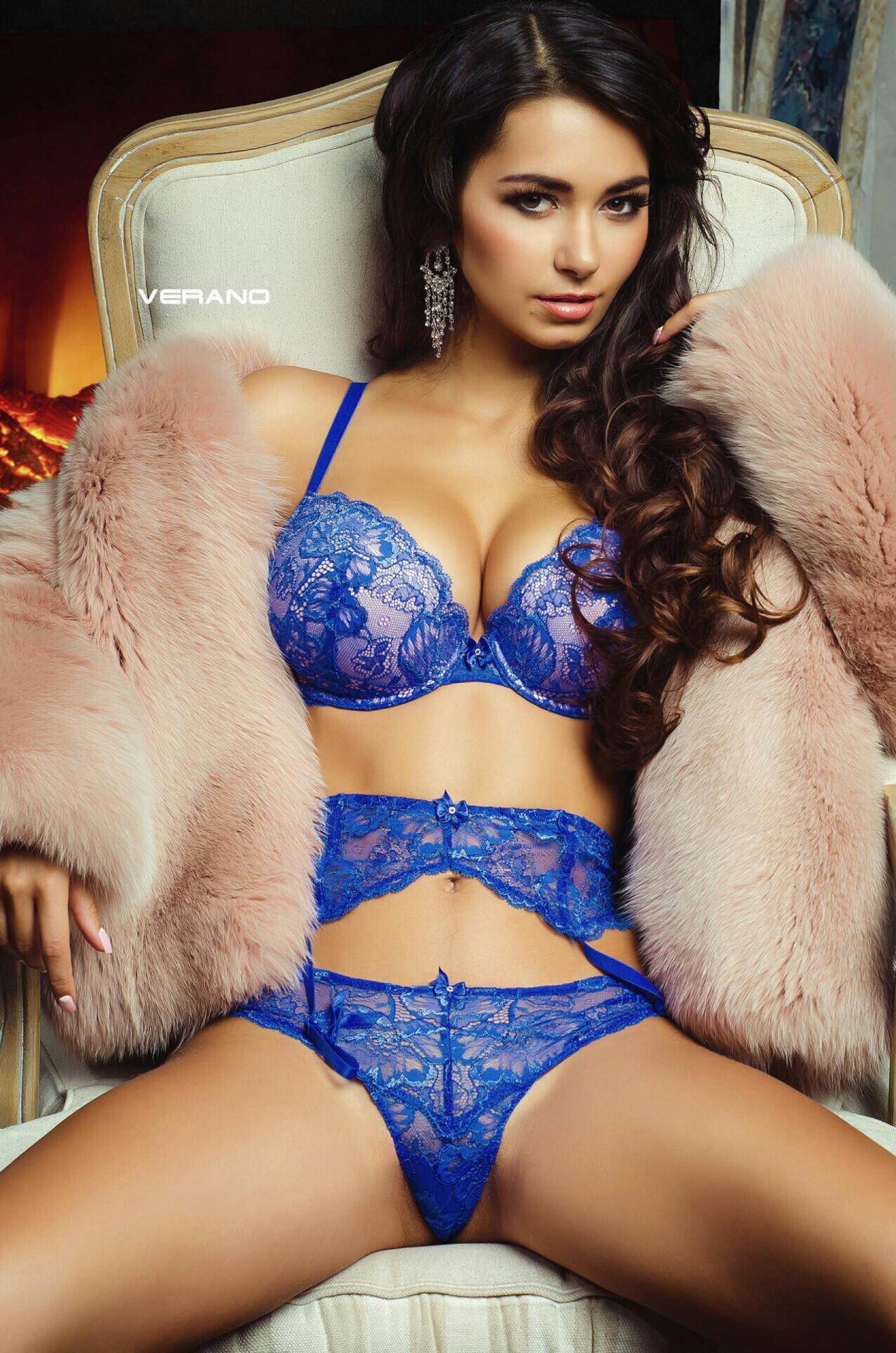 hot lingerie glamour girl